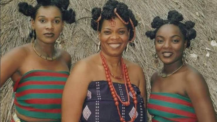 Lyrics: Dim Oma - Chiege Alisigwe (Mmere Gini) | Sacred Igbo Traditional Songs